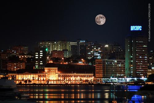 Luanda night